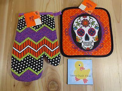 Mitte Halloween 2 (HALLOWEEN Kitchen Set of 2 Orange Skull POT HOLDER Striped OVEN MITT )