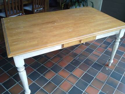 Solid timber table