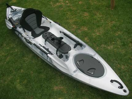 Kayak – Single Ultimate Fishing - Direct from Importer DACE 12
