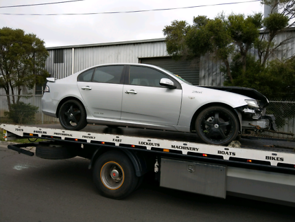 Wrecking fg xr6 auto sedan