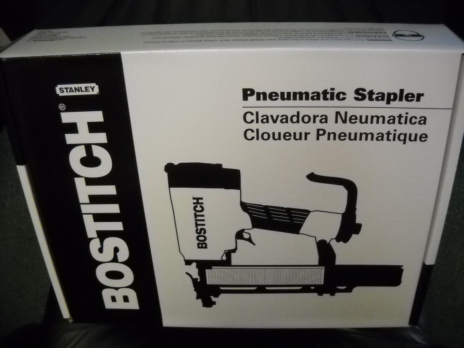 "Bostitch Industrial 651S5 16 GA 7/16"" x 2"" Construction Stap"