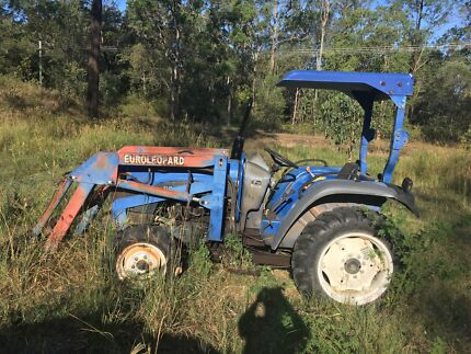 Euroleopard tractor with slasher, bucket and grader Tamborine Ipswich South Preview