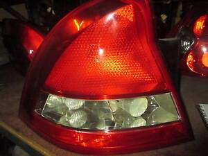 HOLDEN COMMODORE VY1 SEDAN LH TAIL LIGHT 09/02-09/03 Thorneside Redland Area Preview