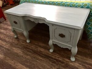 Beautiful Antique Chest/Bench