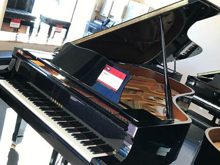 Yamaha C7 Grand piano (would suit new buyer)