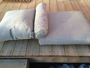 Cushions for outdoor chair