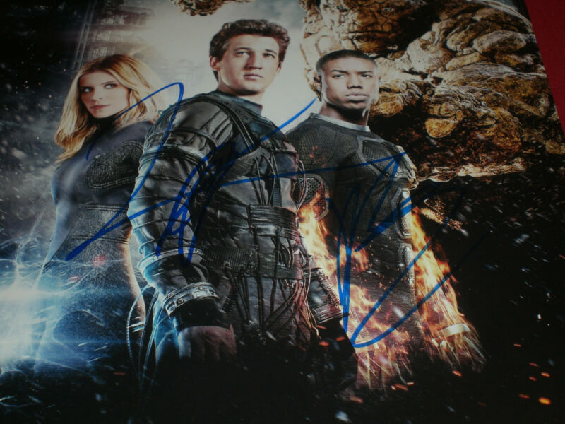 MICHAEL B JORDAN & JAMIE BELL SIGNED FANTASTIC FOUR CAST PHOTO AUTOGRAPH COA