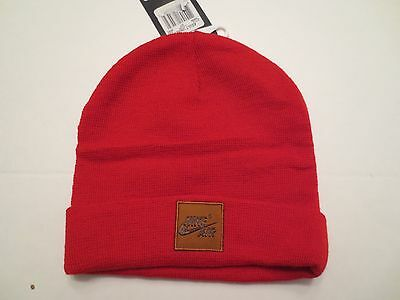 NIKE FOAMPOSITE ONE BEANIE 745958 657 ADULT UNISEX RED CUFFED KNIT CAP (Red Cuffed Knit Beanie)