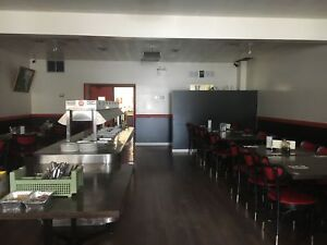 FULLY EQUIPPED RESTURANT-15 MIN. TO BARRIE-10 MIN. TO WASAGA