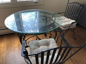 Glass dinning table OBO