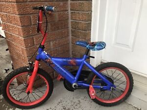 Huffy Spider-Man bike almost new (Age 3-7)