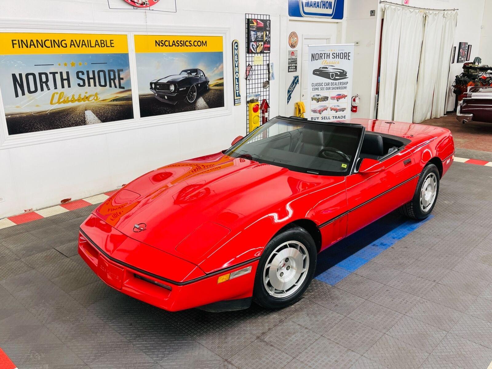 1986 Red Chevrolet Corvette Convertible  | C4 Corvette Photo 1