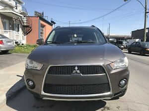 2011 MITSUBISHI OUTLANDER XLS (fully loaded), S-AWC, 7 seats