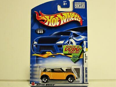 HOT WHEELS 2002 FIRST EDITIONS 2001 MINI COOPER COUPE NEW IN PACKAGE #28 of #42