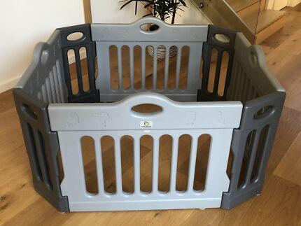 Infa-Secure play yard / play pen / baby gate