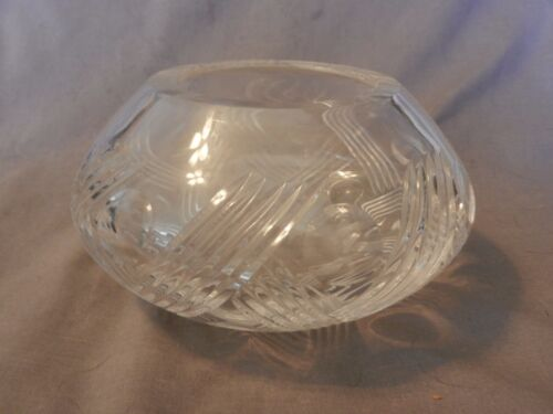 """American Brilliant Period Deep Cut Crystal Vase Thatched Pattern 3.75"""" Tall (M)"""