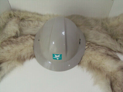 North Zone Honeywell Full Brim Hard Hat With 4 Point Ratchet Suspensiongray