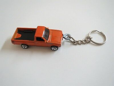 DATSUN 620 PICKUP TRUCK ORANGE DIECAST MODEL TOY CAR KEYCHAIN KEYRING NICE!