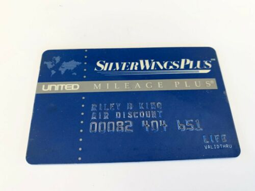 BB Riley King OWNED Signed Autographed United Airlines Miles Card JULIENS Estate