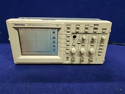 Tektronix Tds 210 Two-channel Digital Real-time Oscilloscope W Tds2cm Module