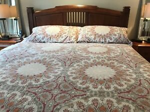 Pottery Barn king duvet cover and 2 matching shams