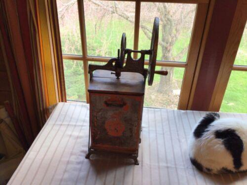 VINTAGE Dazey Butter Churn Tin Metal Hand Antique 12/18/1917 Amazing 233W