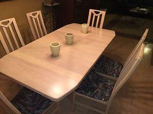 Table salle manger et bahu vaissellier dining table