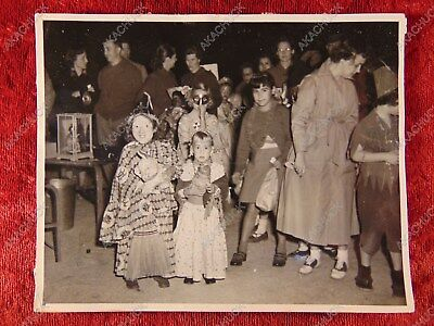1950s HALLOWEEN PHOTO Trick Or Treat Masks Costumes SPOOKY WITCH & GYPSY D
