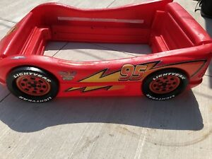 Little Tikes Cars Lightning MacQueen Bed