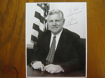 William  Bill  Bennett Secretary Of  Education Signed  8 X 10 Glossy B   W Photo
