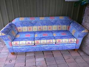 3 seater Sofa for free Anstead Brisbane North West Preview