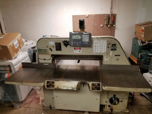 Paper Cutter: Polar Mohr Model 80 EL Programmable. Production large cutter