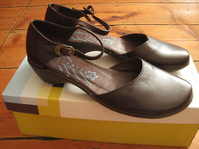 """HISPANITAS """"Sauvage testa"""" dark brown shoes. Size 37 (UK 4.5).  New with box."""