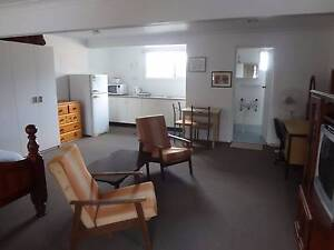 Keiraville Granny Flat, 1 bedroom fully furnished, for rent West Wollongong Wollongong Area Preview