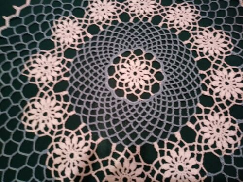"""STUNNING HAND CROCHETED DOILY NEW 17 """" WHITE, AND DELFT BLUE"""