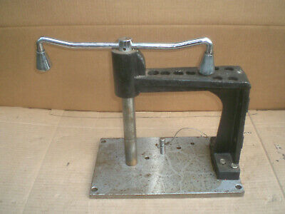 Bench Top Hand Tapping Machine