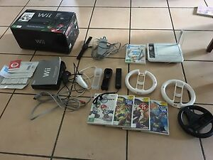 Wii Console and games Arundel Gold Coast City Preview