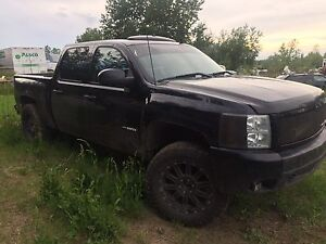 parting out 2007 chevy vortec max with aluminum block 6 litre