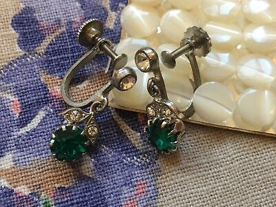 Vintage 50's tiny drop screw-on earrings, green rhinestone and leaf diamante