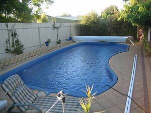 Swimming Pool Solar Blanket & Roller + Cover Seaview Downs Marion Area Preview