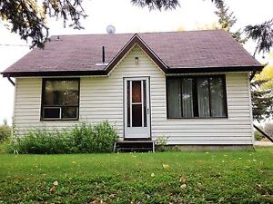 River lot home in Arborg for rent!!