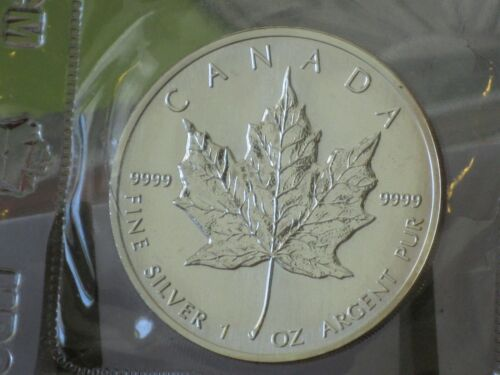 1989 $5 .9999 1OZ Silver Canadian Maple Leaf Coin In Original Mint Packaging