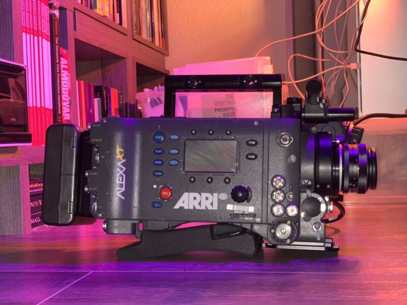 ARRI ALEXA XT FULL PACKAGE (V/Gold Mount, Mags, EVF, Reader, Lens and More)