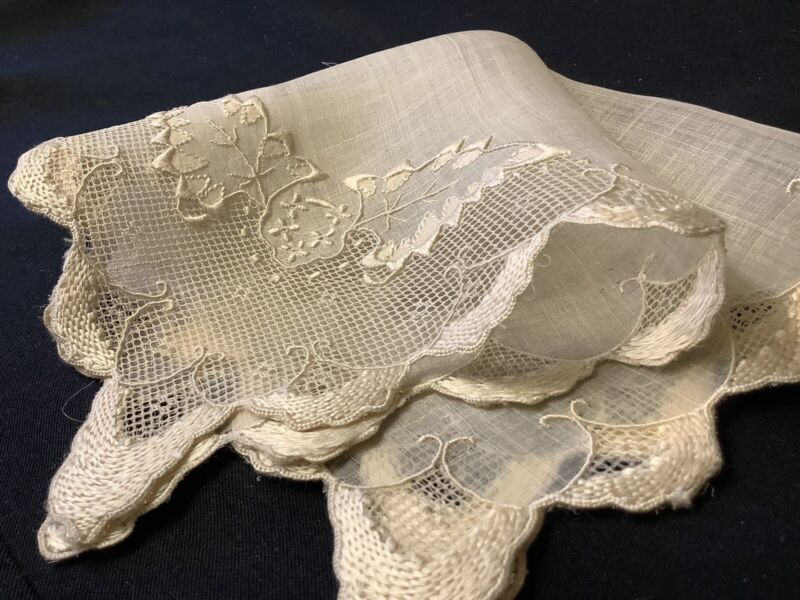 #8079🌟RARE Antique c1800s Piña LinenCloth Fancy Embroidery Wedding Handkerchief