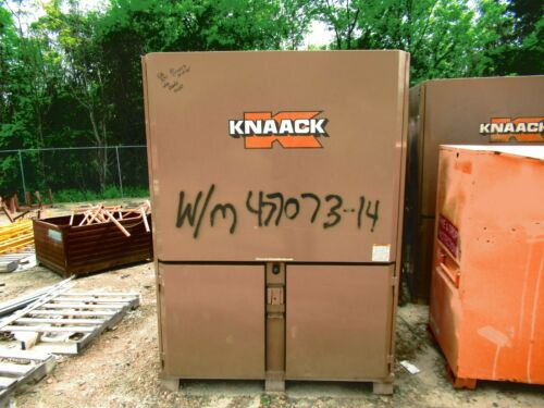 KNAACK 119-01 WORK STATION GANG BOX