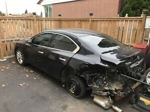 2011 Nissan Maxima for parts only, only 98000km