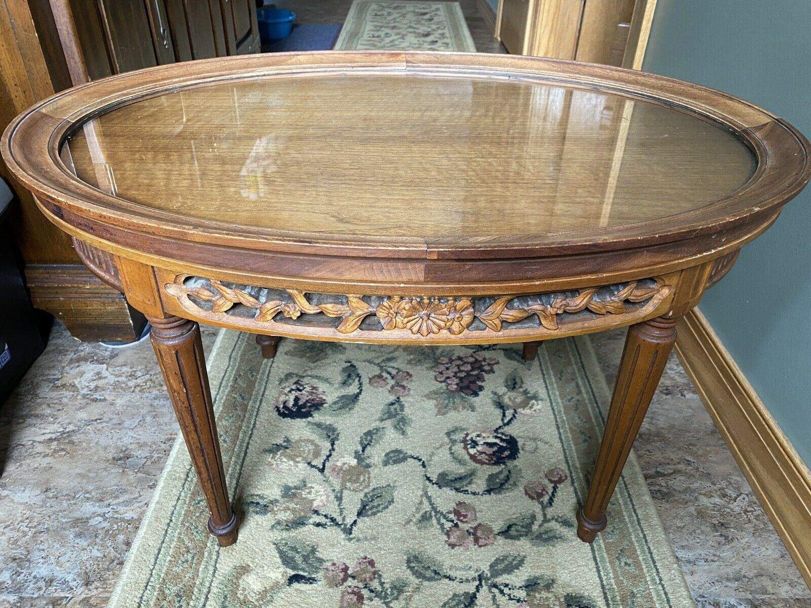 True Grand Rapids Carved French Coffee Table With Removable Glass Top Pre 1950 - $89.00