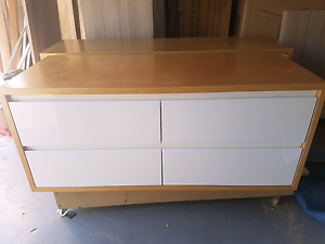 Timber veneer vanity, damaged cheap price Southport Gold Coast City Preview