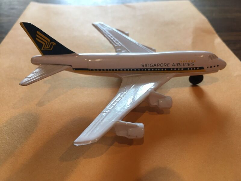 Singapore Airlines 747 Diecast Airplane