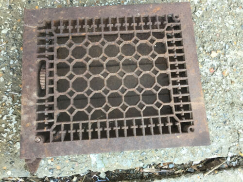 "Victorian Rusty Cast Iron Heating Vent/ Grate 12"" x 14"""